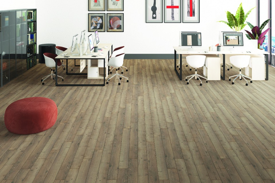 Alhambra Light Brown Oak Laminate Flooring 12mm By 159mm By 1380mm