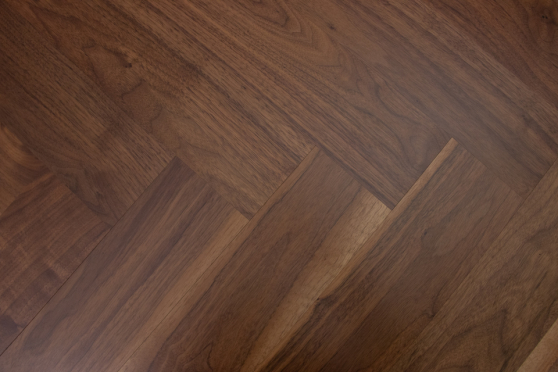 Prime Engineered Flooring American Walnut Herringbone UV Lacquered 14/3mm By 97mm By 790mm FL3399 1