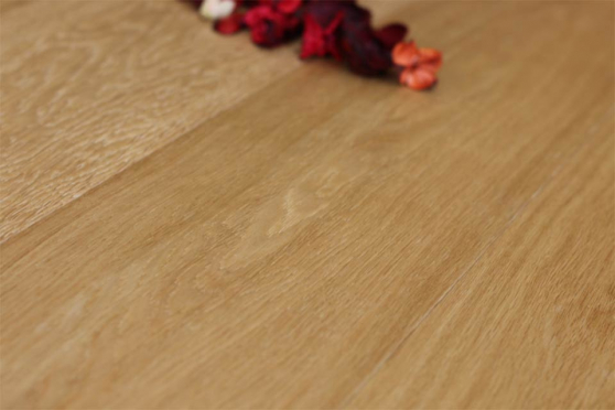 Prime Engineered Flooring Oak Brushed UV Oiled 14/3mm By 190mm By 400-1500mm FL2761 1