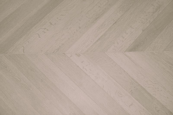 Prime Engineered Oak Chevron Sunny White Brushed UV Oiled 15/4mm By 90mm By 610mm FL1845 1