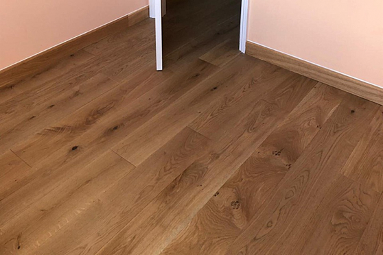 Natural Solid Flooring Oak Country UV Oiled 20mm By 180mm By 400-2000mm FL3558 1
