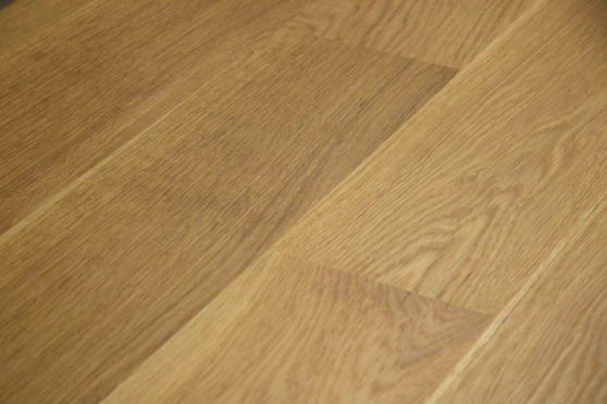 Select Engineered Flooring Oak Click UV Oiled 14/3mm By 146mm By 1605mm FL3295 2