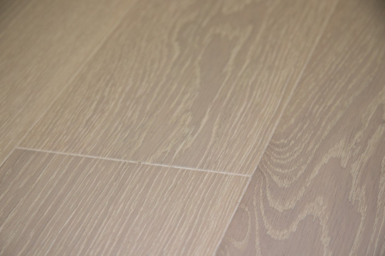 Prime Engineered Flooring Oak Polar White Brushed UV Lacquered 14/3mm By 178mm By 1000-2400mm GP202 9