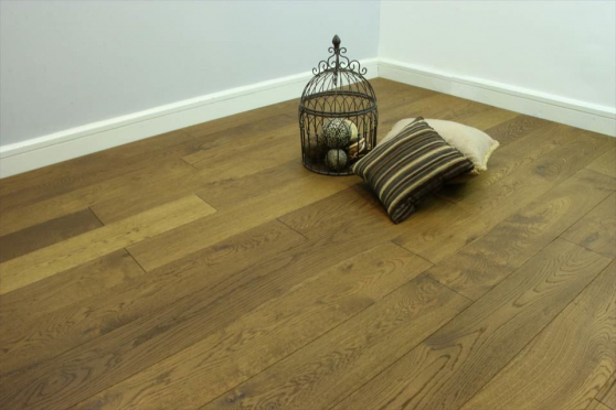 Natural Engineered Flooring Oak Smoked Brushed UV Oiled 15/4mm By 190mm By 400-1500mm