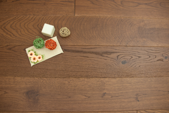 Natural Solid Flooring Oak Cappuccino Brushed UV Oiled 20mm By 140mm By 500-2000mm FL3990 0