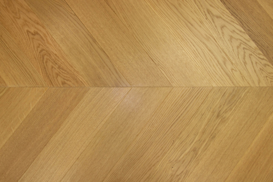 Prime Engineered Flooring Oak Chevron Brushed UV Semi Matt Lacquered 14/3mm By 98mm By 547mm