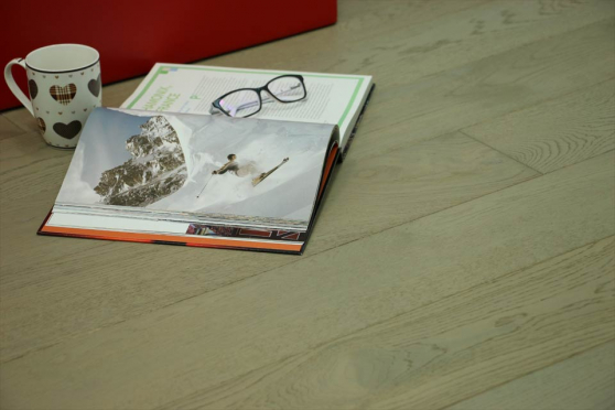 Select Engineered Flooring Oak UK Grey Brushed UV Oiled 14/3mm By 190mm By 1900mm FL839 1