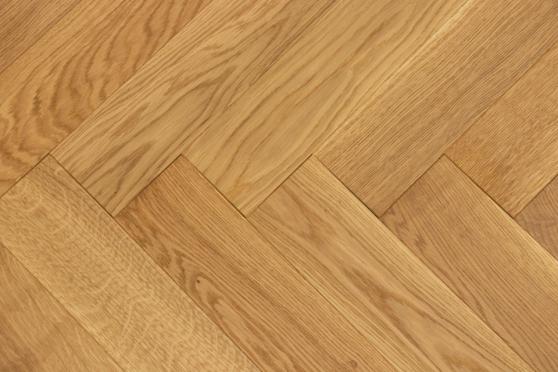 Prime Engineered Flooring Oak Herringbone Brushed UV Oiled Eco 14/3mm By 98mm By 790mm FL4156 1