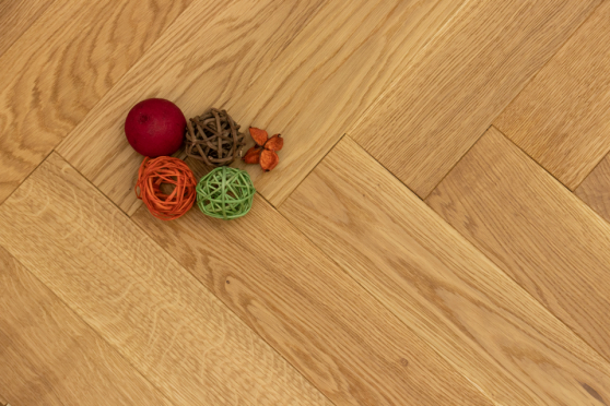 Prime Engineered Flooring Oak Herringbone Brushed UV Oiled 14/3mm By 98mm By 790mm FL2823 12