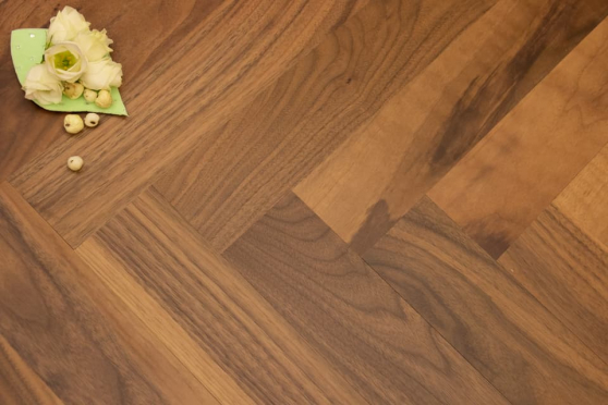 Natural Engineered Flooring American Walnut Herringbone UV Lacquered No Bevel 11/3.6mm By 70mm By 490mm HB074 1