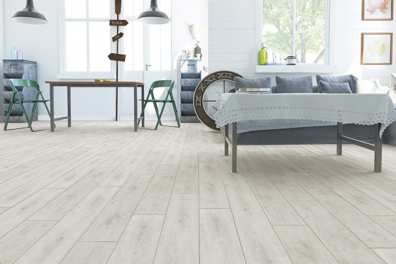 Cenevre Grey Laminate Flooring 8mm By 197mm By 1205mm  LM071 0