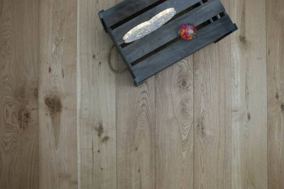 Natural Engineered Flooring Oak Brushed UV Oiled 14/3mm By 90mm By 1900mm FL3072 1