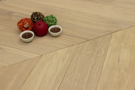 Natural Engineered Flooring Oak Chevron White UV Oiled 14/3mm By 100mm By 600mm FL3959 1
