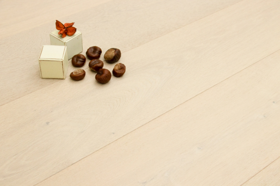 Natural Engineered Flooring Oak Click Pearl White Brushed UV Lacquered 14/3mm By 190mm By 1900mm