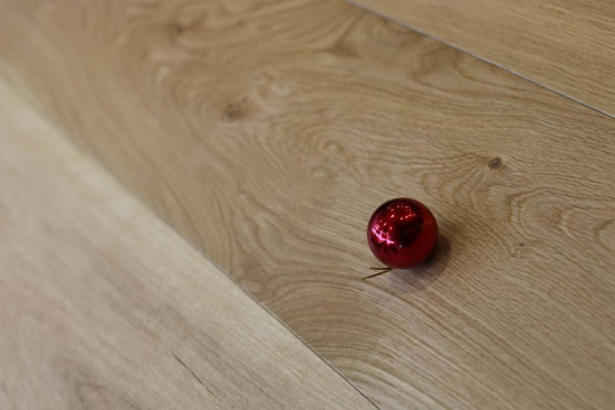 Natural Engineered Flooring Oak Click UV Oiled 14/3mm By 190mm By 1900mm FL2830 1