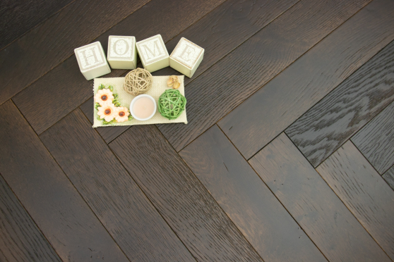 Natural Engineered Flooring Oak Herringbone Espresso Piccolo Brushed UV Oiled 14/3mm By 90mm By 600mm HB049 4