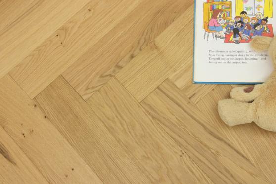 Natural Engineered Flooring Oak Herringbone Nature Brushed UV Matt Lacquered 13/4mm By 90mm By 600mm FL4042 0