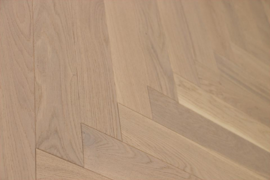 Natural Engineered Flooring Oak Herringbone White UV Oiled 14/3mm By 90mm By 450mm HB057 1