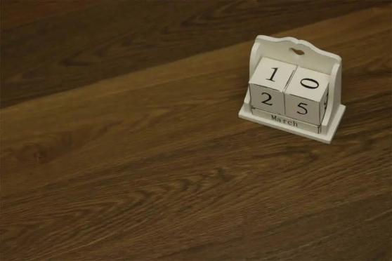 Natural Engineered Flooring Oak Reclaim Brown Brushed UV Oiled 15/4mm By 220mm By 2200mm FL648 1