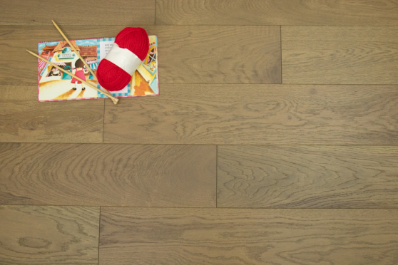 Natural Engineered Flooring Oak Roma Brushed UV Oiled 14/3mm By 190mm By 400-1500mm FL3935 4