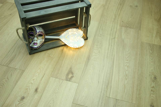 Natural Engineered Oak UV Lacquered 14/3mm By 190mm By 400-1500mm FL1279 1