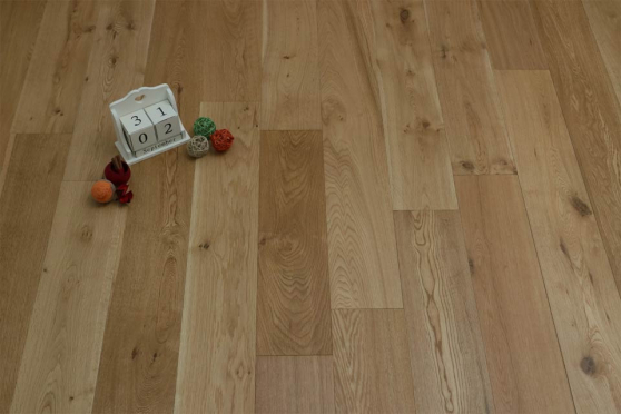 Natural Engineered Flooring Oak UV Oiled 20/5mm By 220mm By 1800-2400mm GP149 1