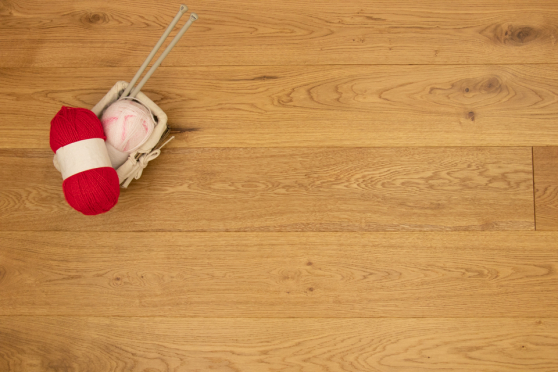 Natural Engineered Flooring Oak  Brushed UV Matt Lacquered 20/5mm By 180mm By 1900mm FL3593 2