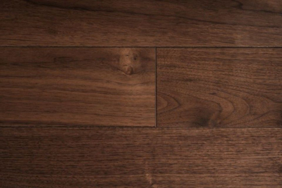 Prime Engineered Flooring Am Walnut Click UV Lacquered 14/3mm By 195mm By 800-2400mm GP006 1