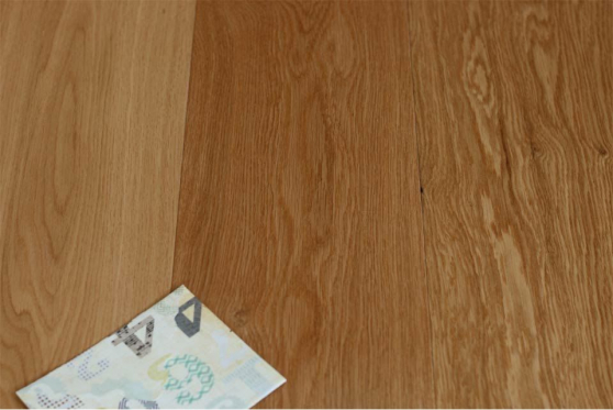 Prime Engineered Flooring Oak Click UV Lacquered 14/3mm By 190mm By 1900mm FL3039 1