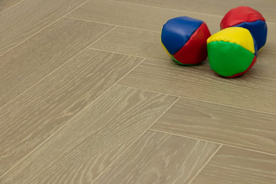 Prime Engineered Flooring Oak Herringbone Barcelona Brushed UV Oiled 15/4mm By 90mm By 600mm FL1899 5