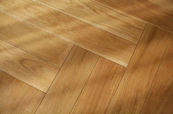 Prime Engineered Flooring Oak Herringbone Brushed Matt UV Lacquered 14/3mm By 97mm By 790mm FL2591 1