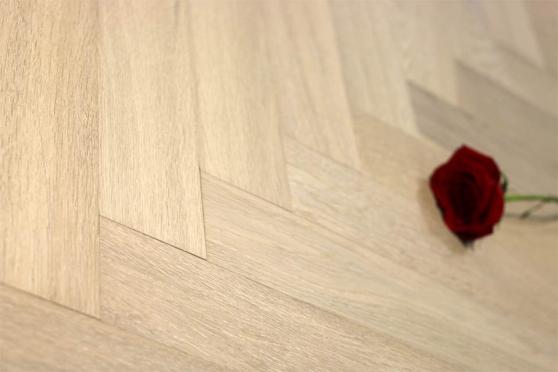 Prime Engineered Oak Herringbone Sunny White Brushed UV Oiled 15/3mm By 97mm By 582mm FL1663 1