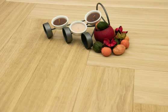 Prime Engineered Flooring Oak Herringbone Unfinished 15/3mm By 120mm By 600mm HB037 1