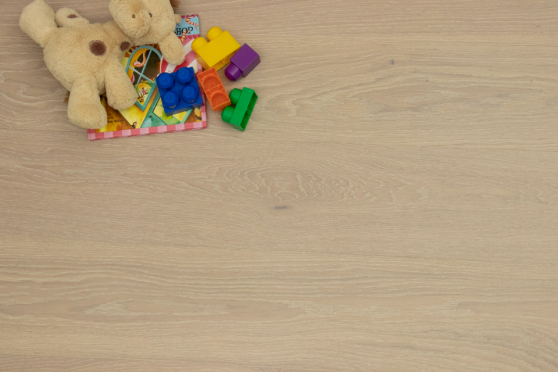Prime Engineered Flooring Oak Click Sunny White Brushed UV Oiled 13/3.5mm By 198mm By 790-2400mm GP251 5