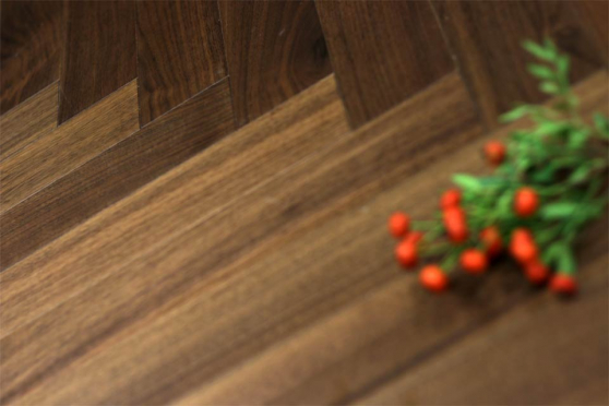 Prime Engineered Flooring Walnut Herringbone UV Lacquered 15/4mm By 90mm By 600mm FL1670 1