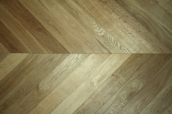 Select Engineered Oak Chevron Smoked Brushed UV Oiled 18/5mm By 90mm By 850mm CH016 1