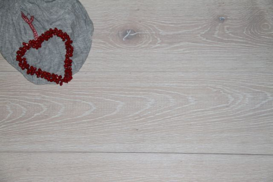 Prime Engineered Oak Brushed White Oiled 15/4mm By 180mm By 1800mm