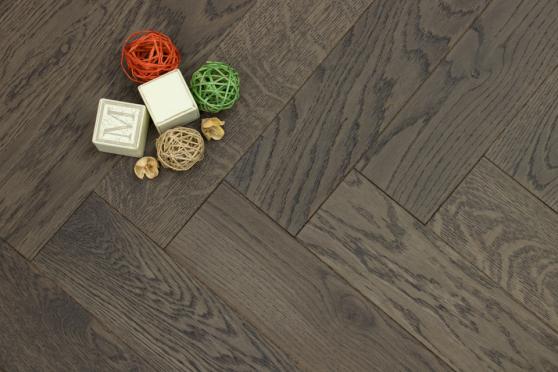 Prime Engineered Flooring Oak Herringbone Bologna Brushed UV Matt Lacquered 14/3mm By 98mm By 790mm FL3014 4