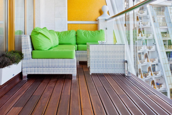 Red Balau Hidden Fixing Reeded Hardwood Decking Boards 21mm By 120mm By 3353-3658mm DK039-30-36 1