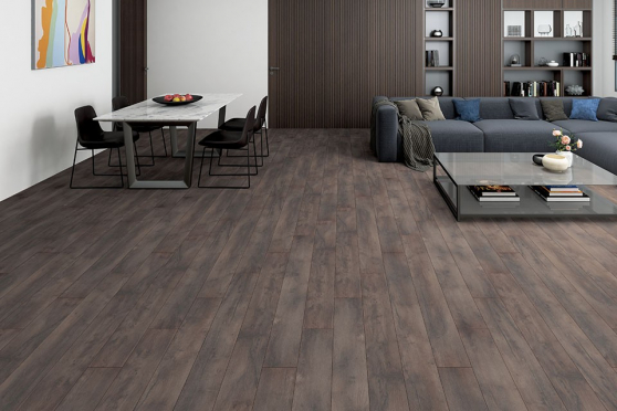 Rembrant Oak Laminate Flooring 12mm By 159mm By 1380mm LM038 1