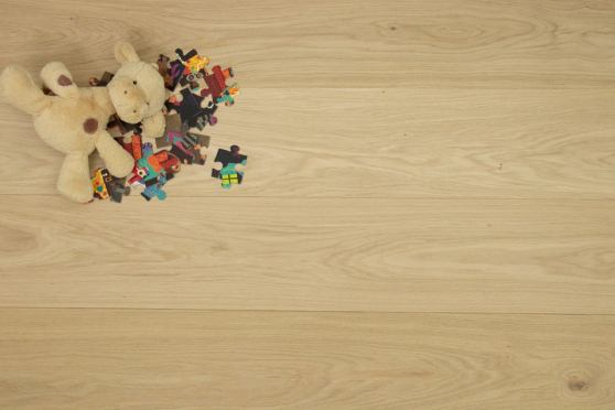 Natural Engineered Flooring Oak Unfinished 13/3mm 180mm 600-2200mm FL3847 1
