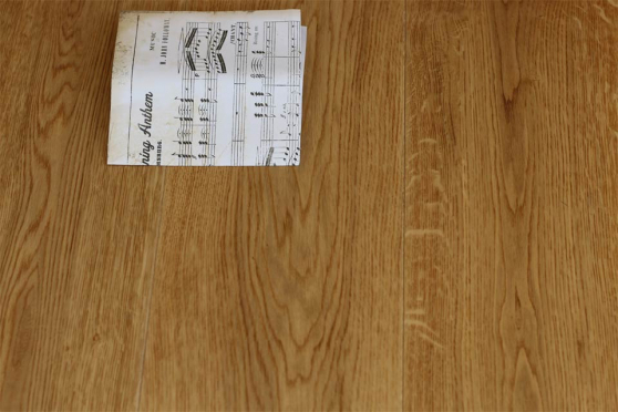Select Engineered Oak UV Lacquered 20/6mm By 192mm By 2350mm FL1314 1