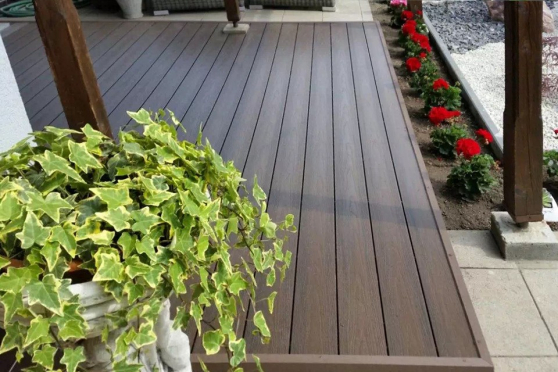 Supremo WPC Composite Decking Boards Dark Chocolate 22mm By 142mm By 2900mm DC008-2900 2