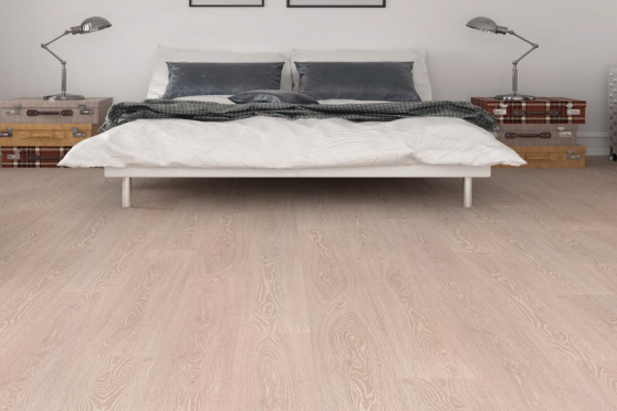 Uludag White Washed Laminate Flooring 8mm By 197mm By 1205mm