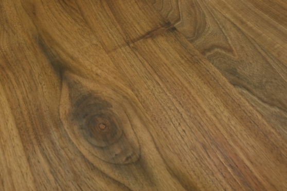 Full Stave European Walnut Worktop 35mm By 1000mm By 1000mm WT907 3