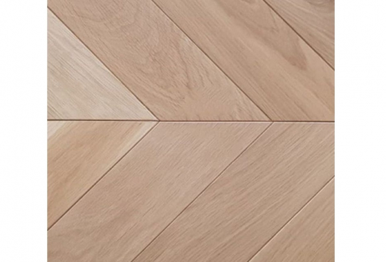 Prime Engineered Flooring Oak Chevron Unfinished No Bevel 14/3mm By 80mm By 350mm FL4219 1