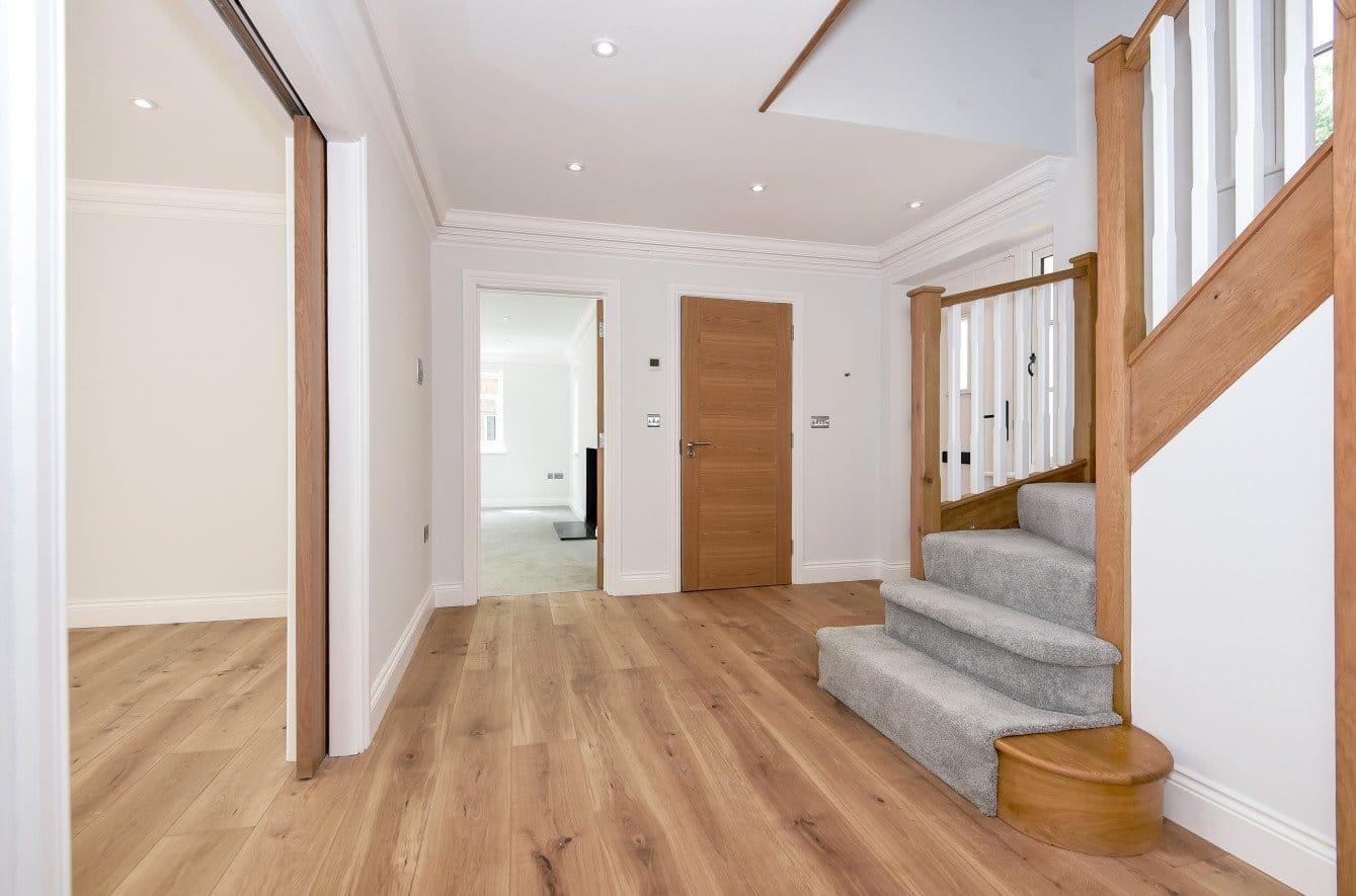 UV Lacquered Engineered Wood Flooring