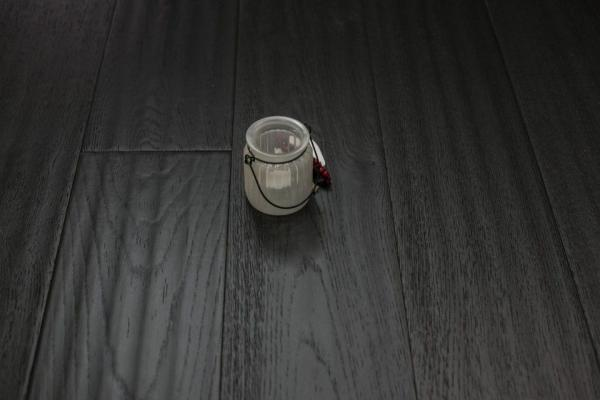 Choose Black Oak Flooring To Create Luxury Interiors