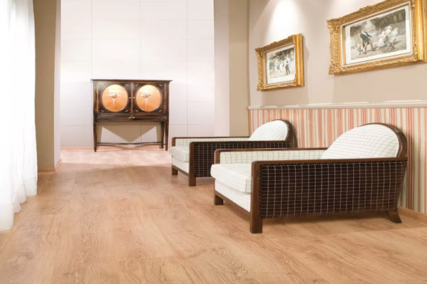 Oak Effect Laminate Flooring for Unbeatable Natural Look