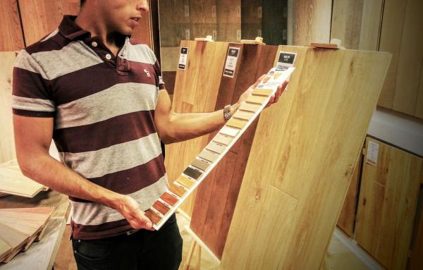 How Does Walnut Engineered Hardwood Compare To Oak?